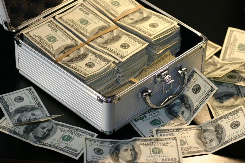 banknotes-cash-deal